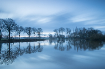 Nature picture:  / Dinkel buiten de oevers / Flooded river Dinkel